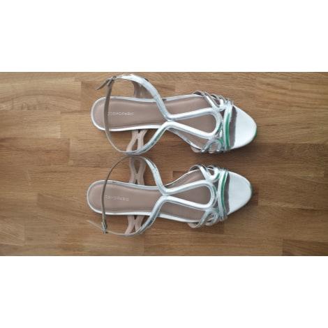 Sandales plates  COSMOPARIS Argenté, acier