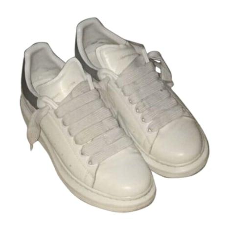Chaussures à lacets ALEXANDER MCQUEEN Blanc, blanc cassé, écru
