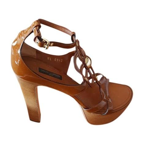 Sandales compensées LOUIS VUITTON Marron