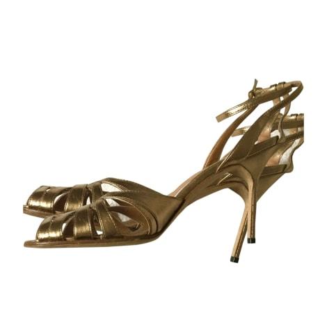 Escarpins à bouts ouverts MANOLO BLAHNIK Doré, bronze, cuivre