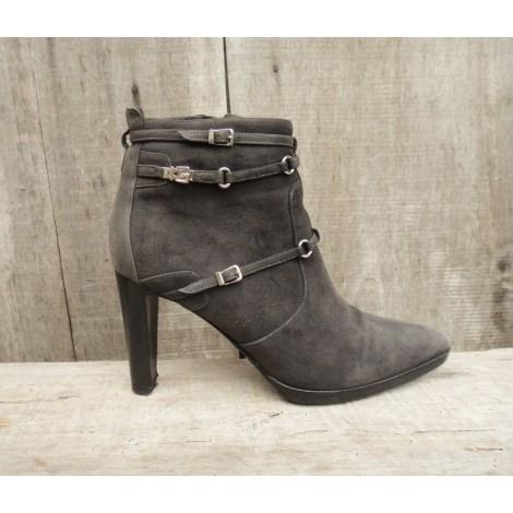 Bottines & low boots à talons HERMÈS Gris, anthracite