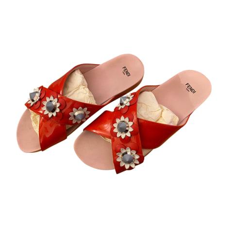 Sandales plates  FENDI Rouge, bordeaux