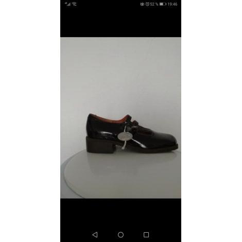 Chaussures à boucle LE LOUP BLANC Noir
