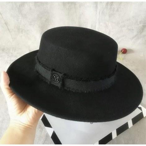 Chapeau NON SIGNÉ Noir
