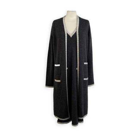 Costume complet CHANEL Gray