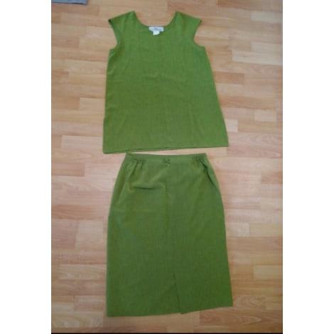 Tailleur jupe CLAUDE BAUER Vert