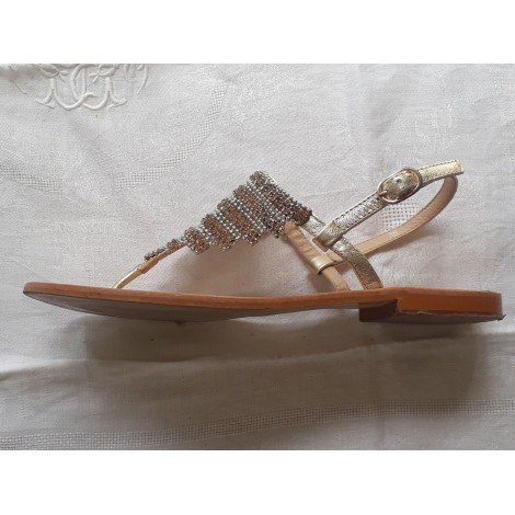 Sandales plates  JB MARTIN Doré, bronze, cuivre
