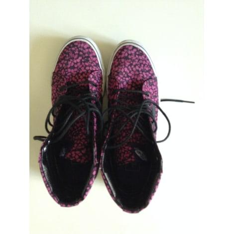 Chaussures à lacets  VANS Rose, fuschia, vieux rose