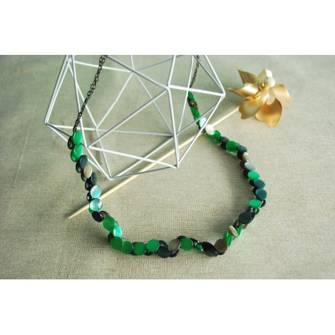 Collier URBAN OUTFITTERS Vert