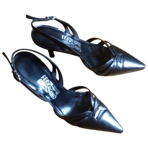 Sandales à talons SALVATORE FERRAGAMO Noir