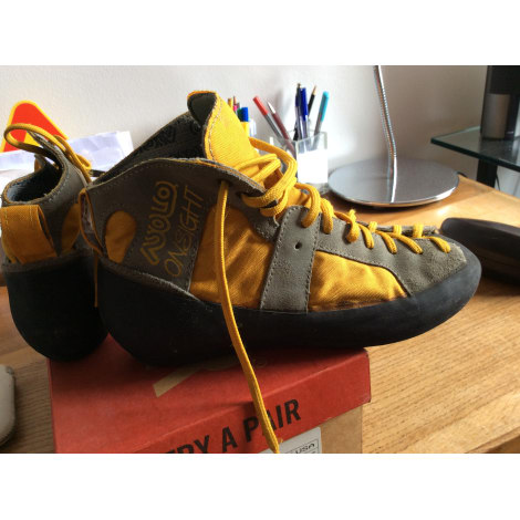 Chaussures de sport ASOLO Jaune