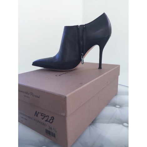 Bottines & low boots à talons GIANVITO ROSSI Noir