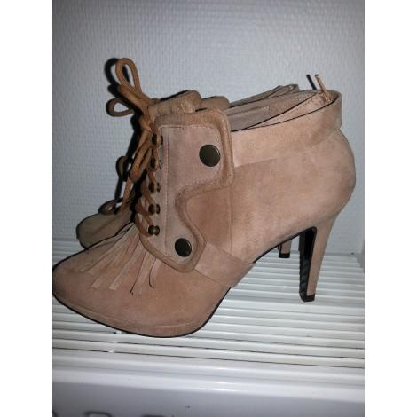 Bottines & low boots à talons COSMOPARIS Beige, camel