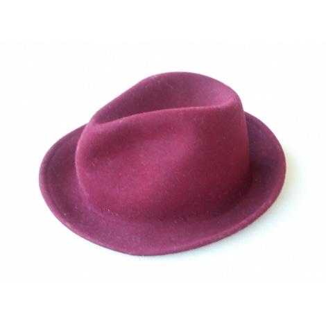 Chapeau MARQUE INCONNUE Rouge, bordeaux