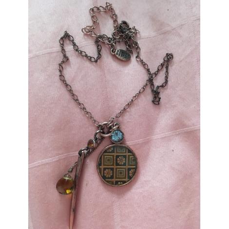 Pendentif, collier pendentif PILGRIM Doré, bronze, cuivre