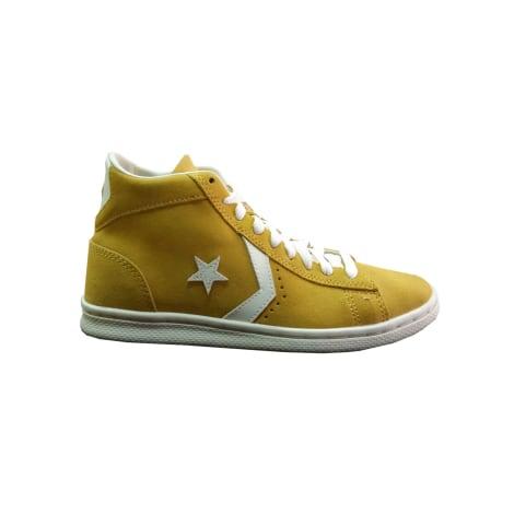Chaussures de sport CONVERSE Jaune