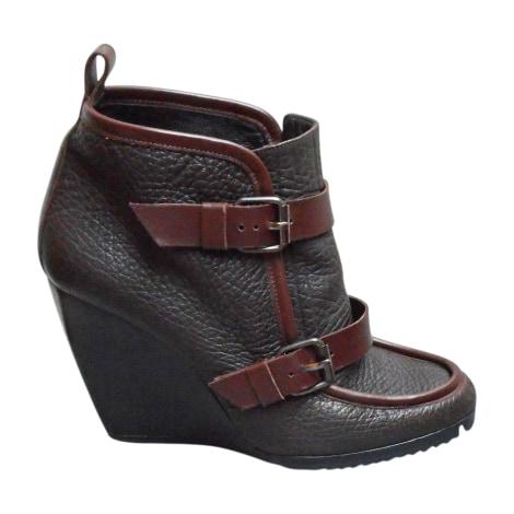 Bottines & low boots à compensés PIERRE HARDY Marron