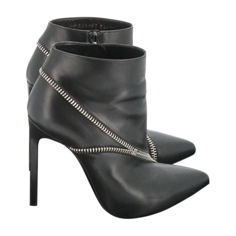 Bottines & low boots à talons YVES SAINT LAURENT Noir