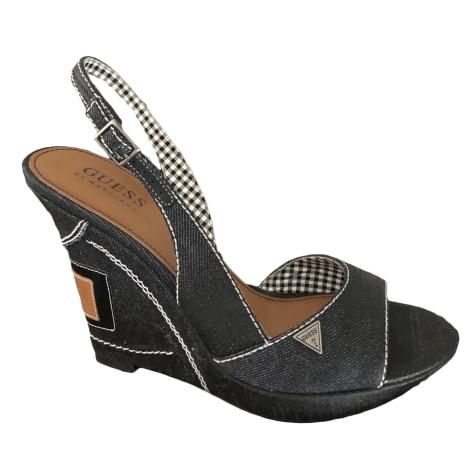 Sandales compensées GUESS Noir