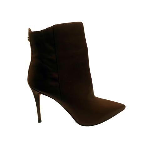 Bottines & low boots à talons GUESS Marron