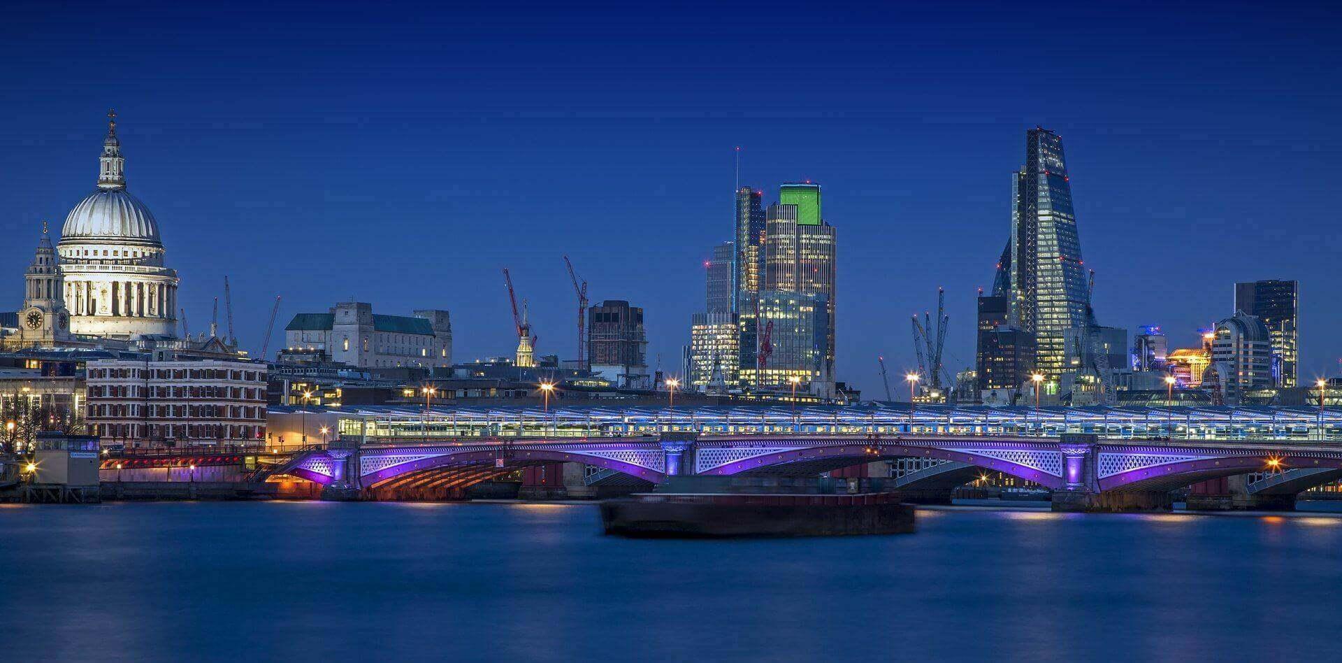 DNS Associates london city