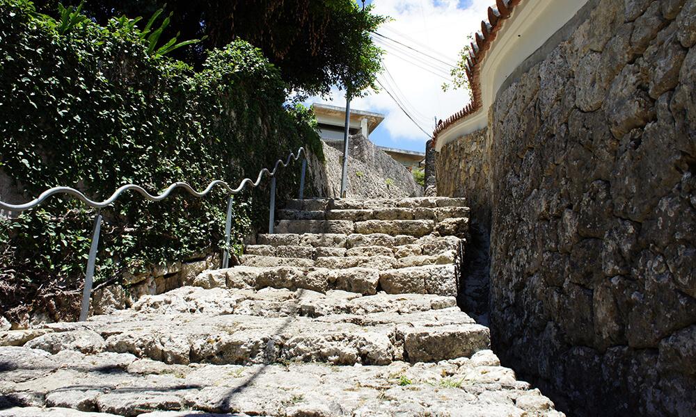 Shurikinjo-cho stone paved road Image2