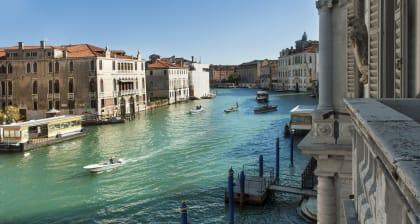 Book a unique View in Venezia