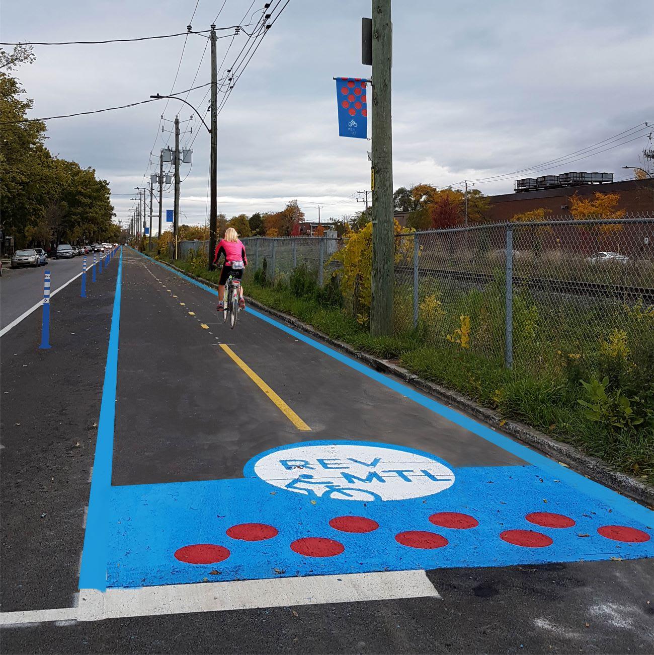 Réseau Express Vélo - REV - à Montréal, rue Souligny