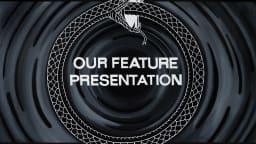 Dessin d'un serpent qui mange sa propre queue avec les mots «Our feature Presentation» au centre
