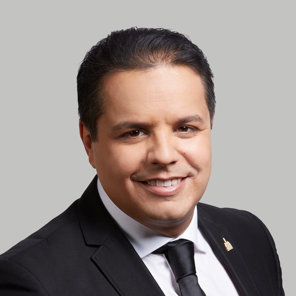 Portrait de Abdelhaq Sari