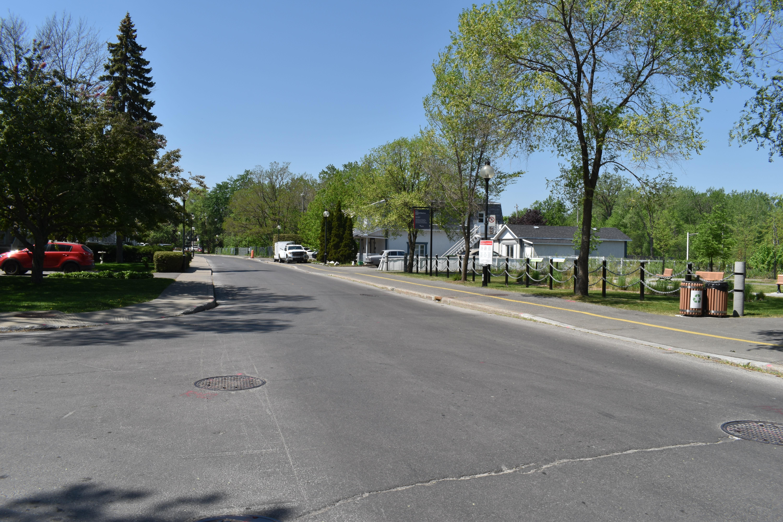 Boulevard Gouin et 10e Avenue