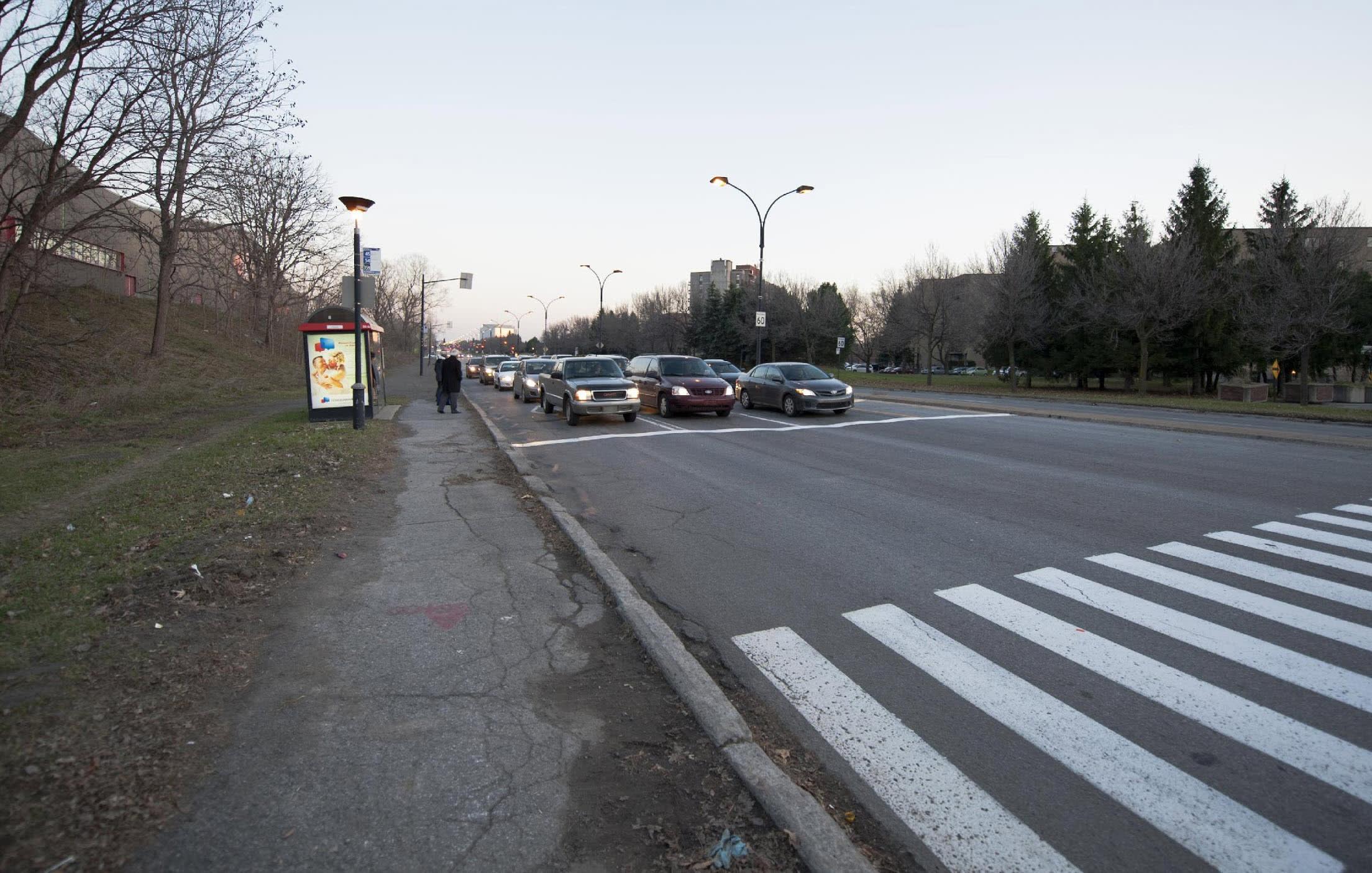Vue de l'avenue Papineau avant le réaménagement, en 2011