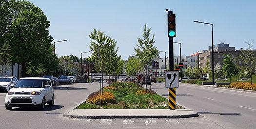 Intersection De Maisonneuve, Décarie et Upper-Lachine