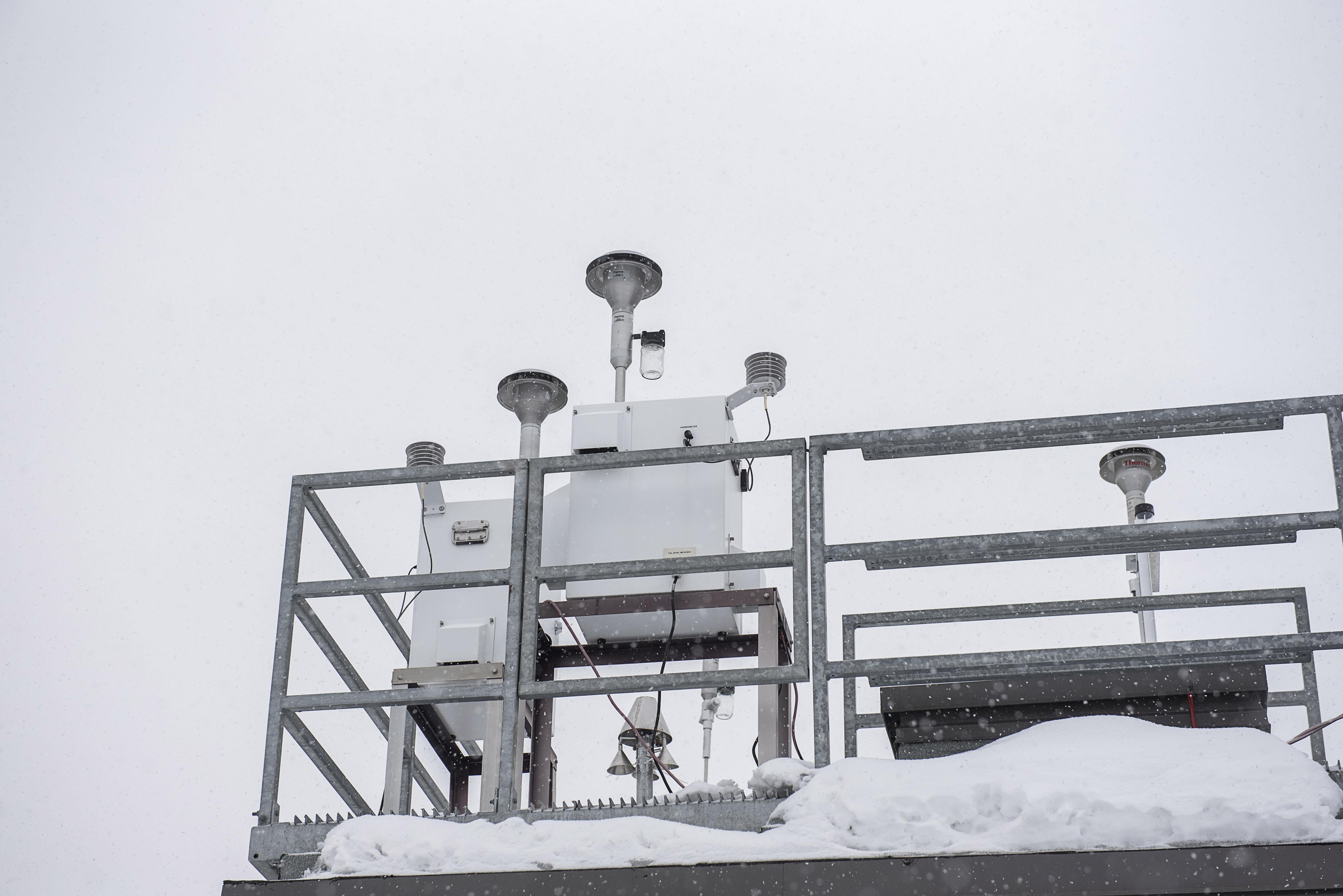 Préleveur partisol à la station de la qualité de l'air à Pointe-aux-Trembles