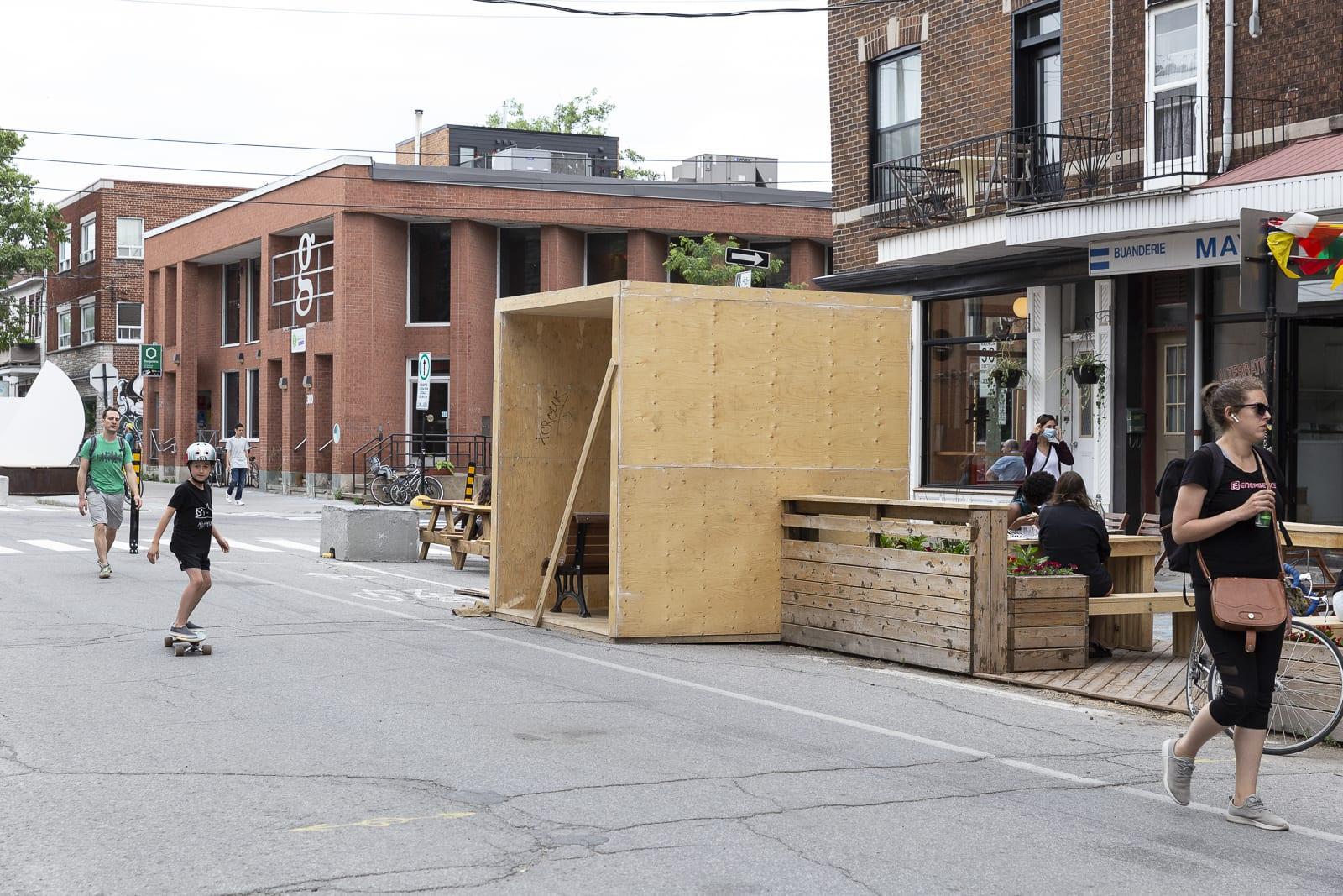 Construction des modules sur la Place De Castelnau