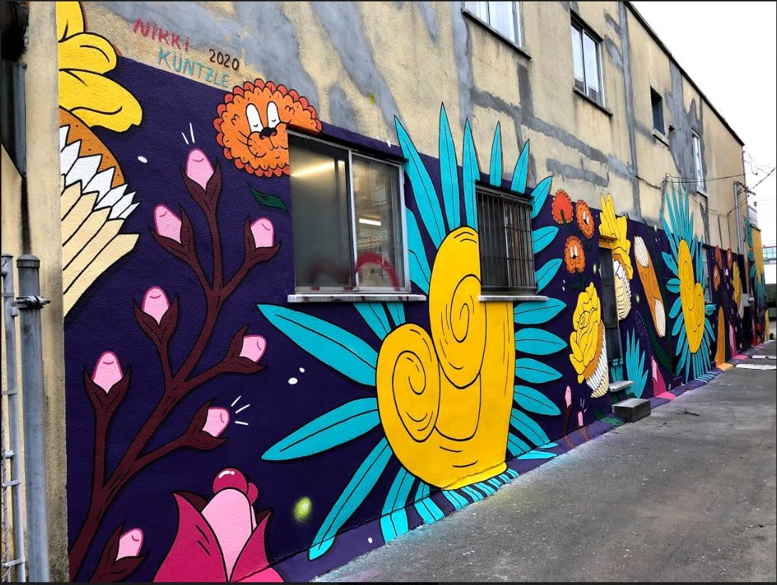 Photo de la murale de la ruelle verte située au 1812, rue Tillemont