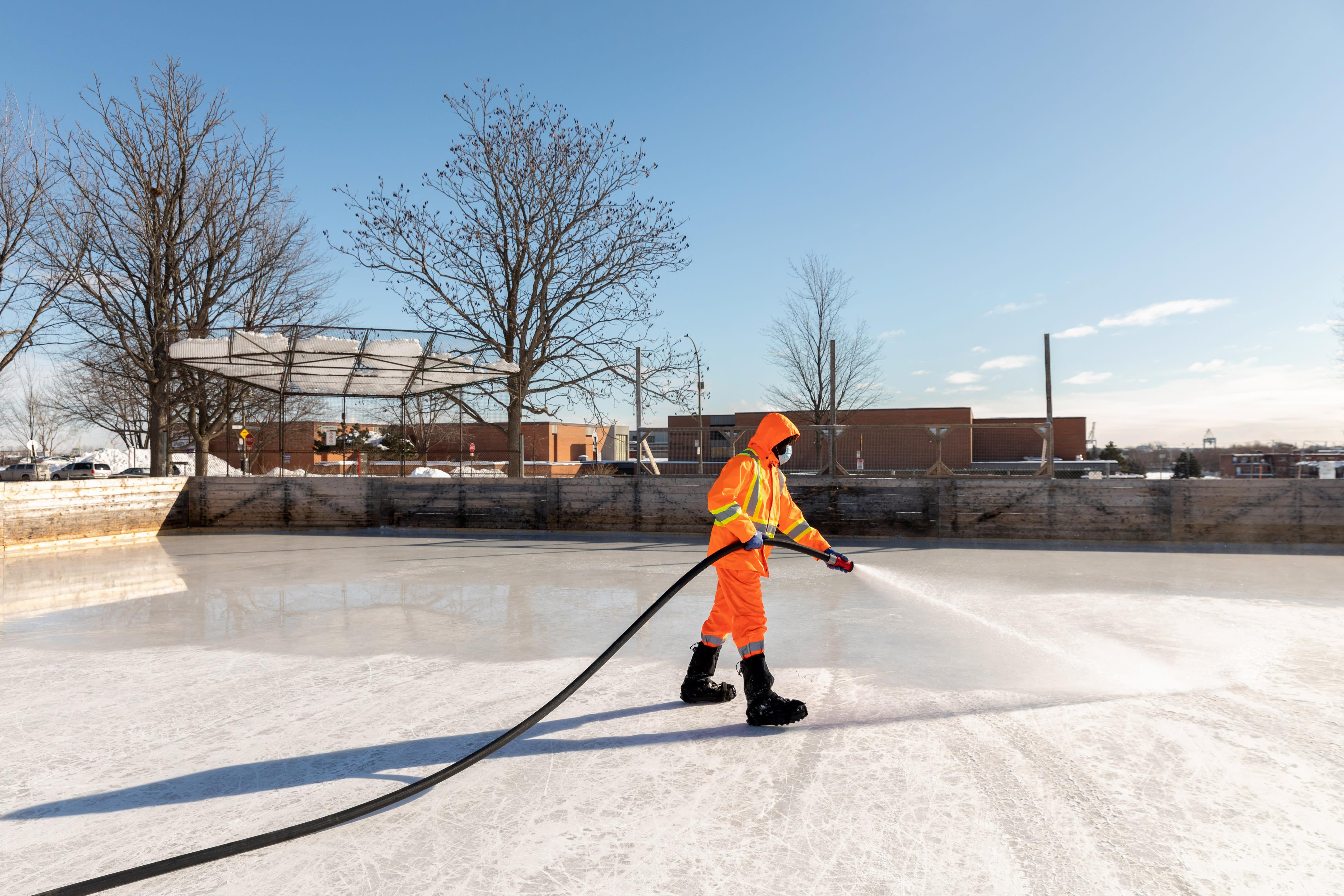 Arrosage de la surface glacée