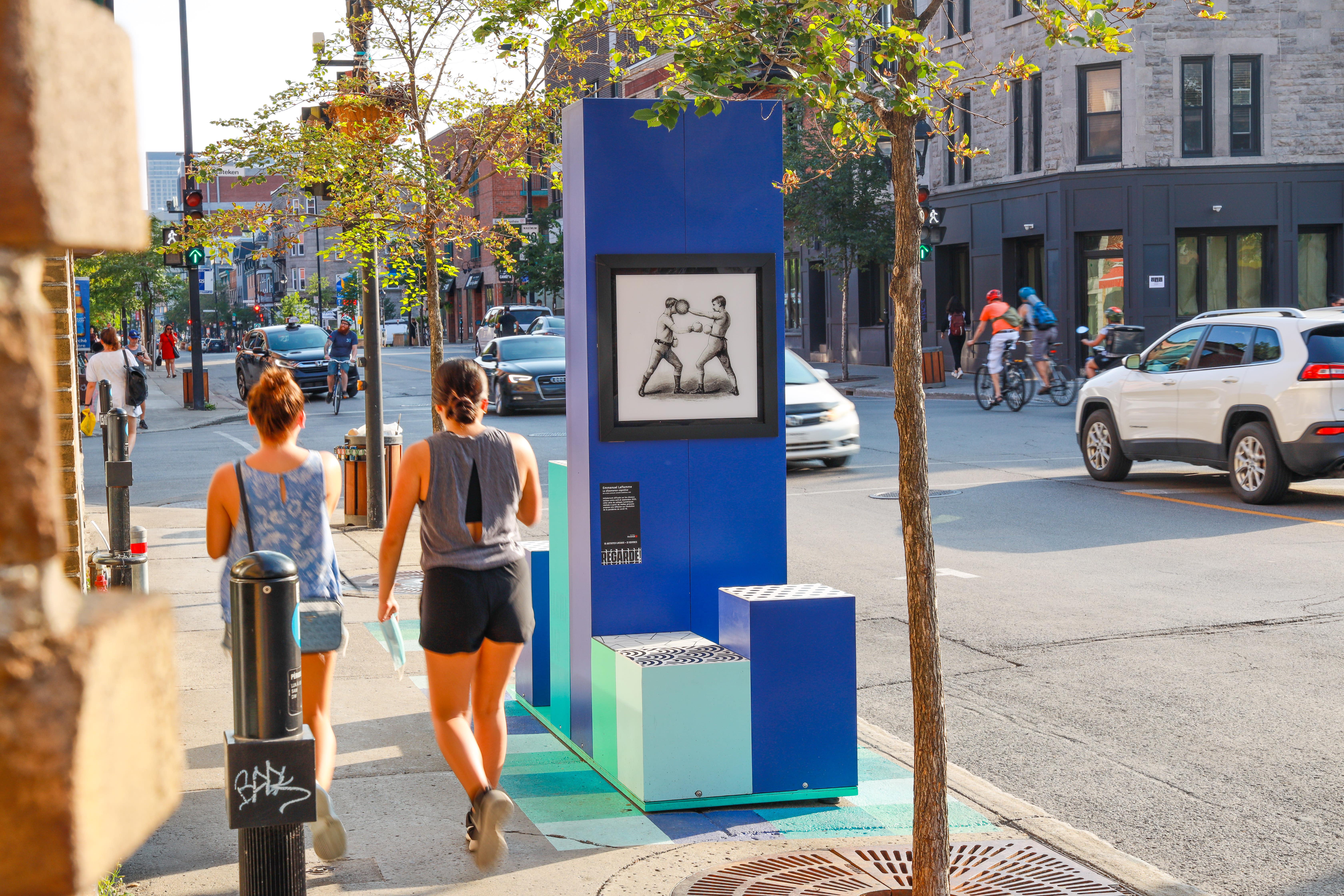 Exposition Regarde sur la rue Ontario Est