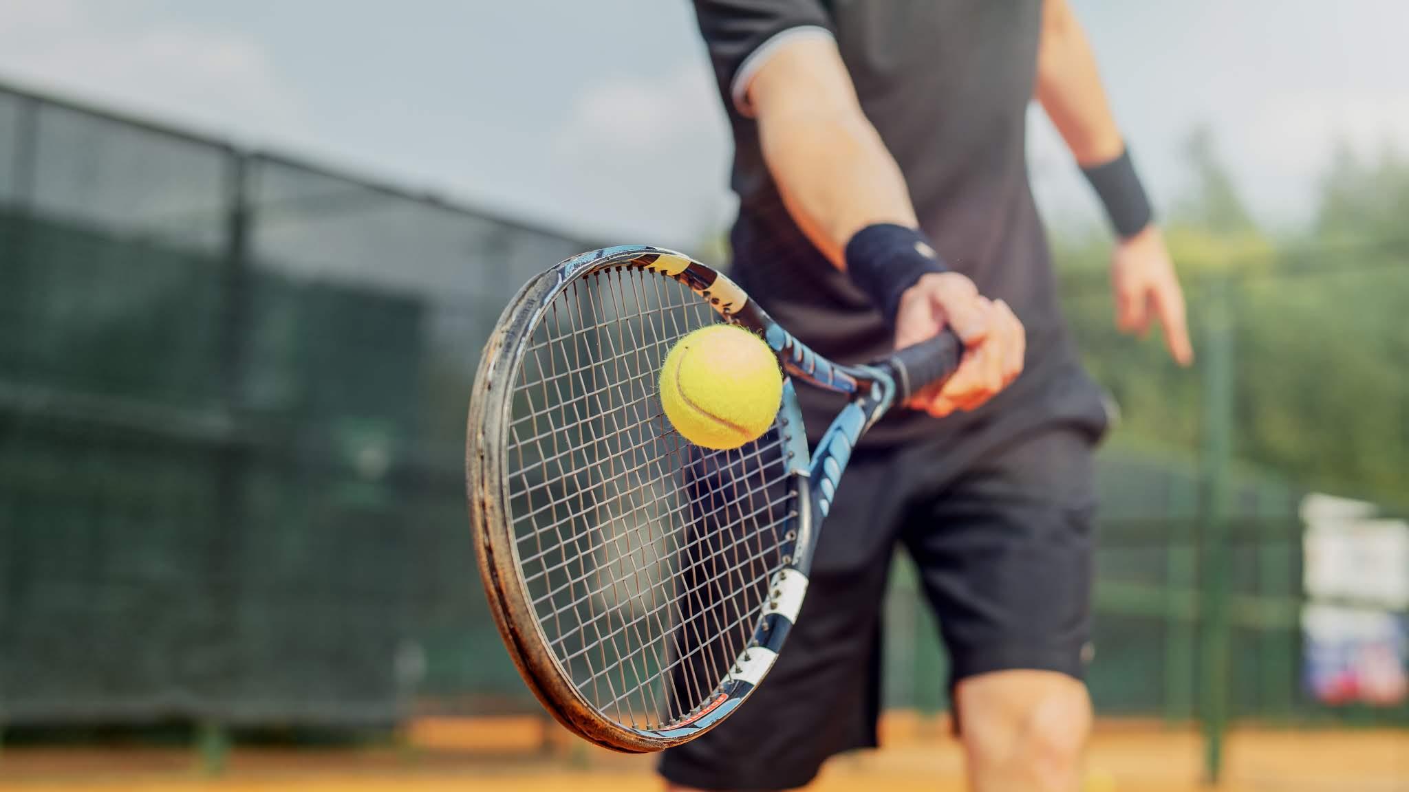 Joueur de tennis - déconfinement progressif