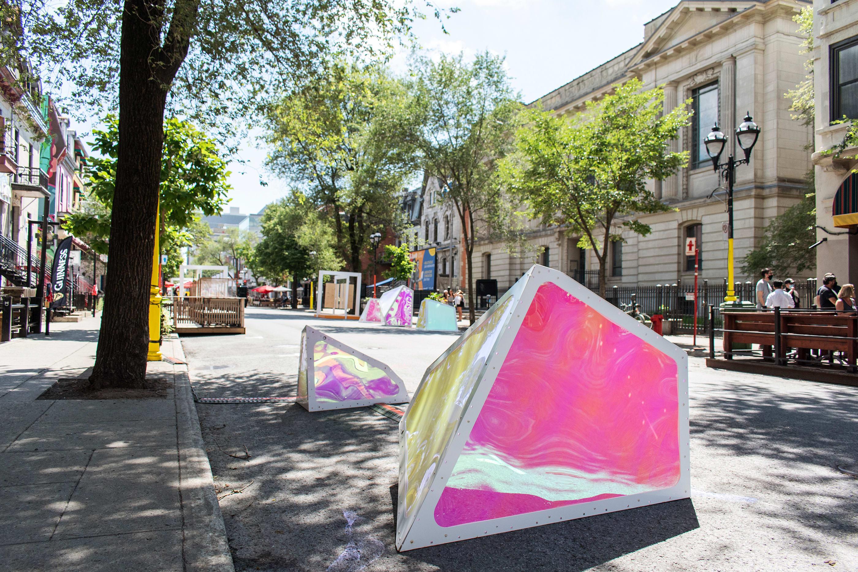Installation interactive Oscillation dans le Quartier latin