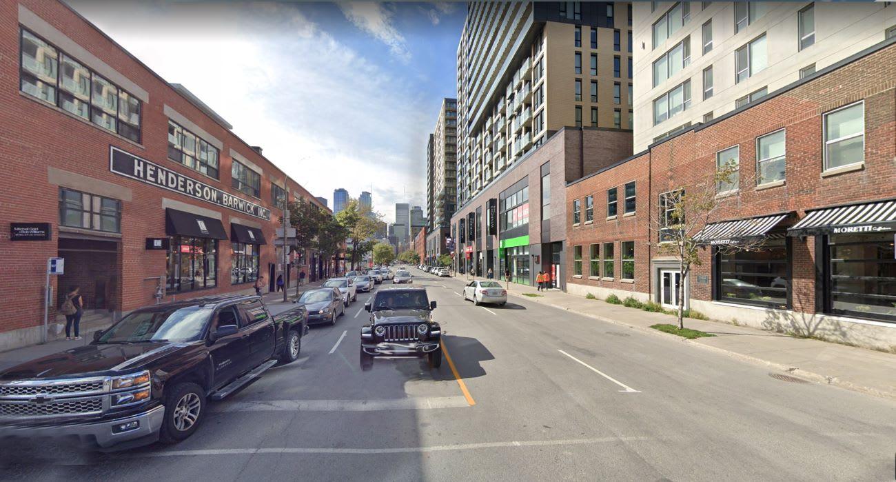 Réseau Vélo Express REV - Montréal - Rue Peel coin Wellington - avant