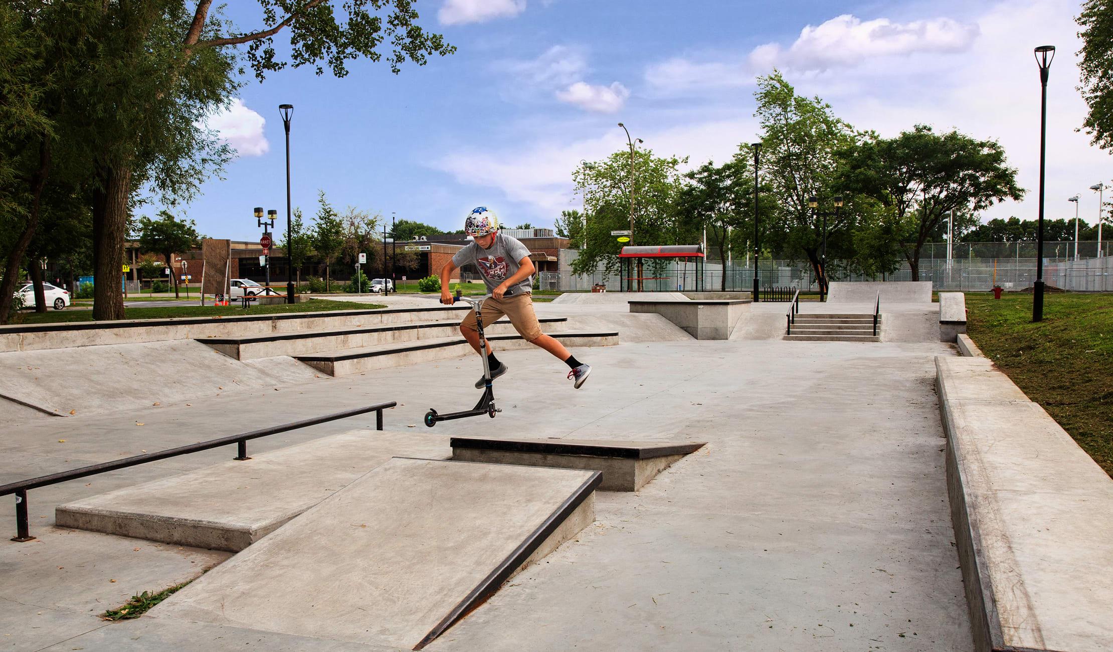 Skatepark à Rivière-des-Prairies–Pointe-aux-Trembles, Montréal.