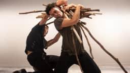 Nicolas Patry et James Viveros en pleine création artistique.