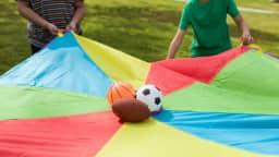 Jeux libres et participatifs