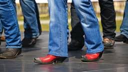 Danse en ligne au parc des Faubourgs
