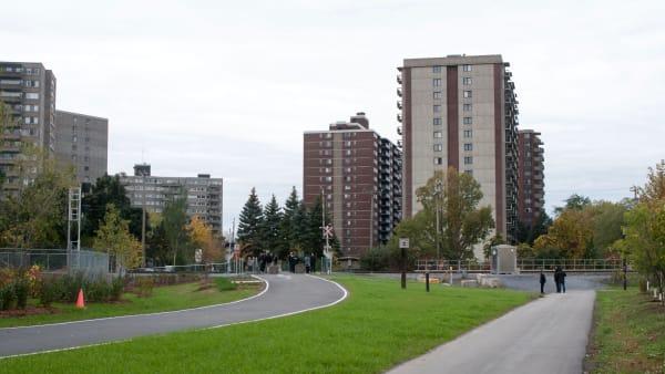 Le quartier du Village Montpellier dans l'arrondissement Saint-Laurent à Montréal.