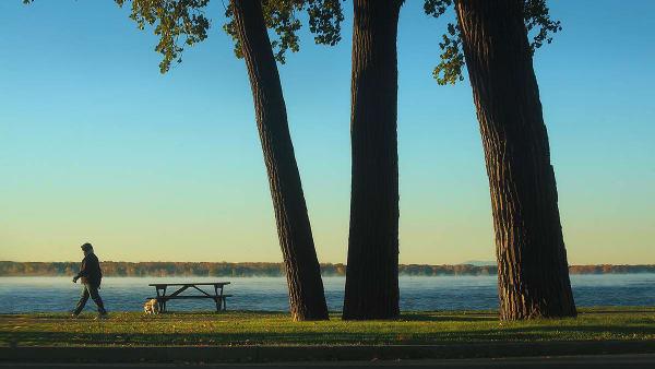 Parcs riverains dans l'arrondissement Lachine à Montréal.