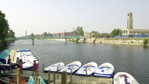 Canal Lachine dans l'arrondissement du Sud-Ouest.