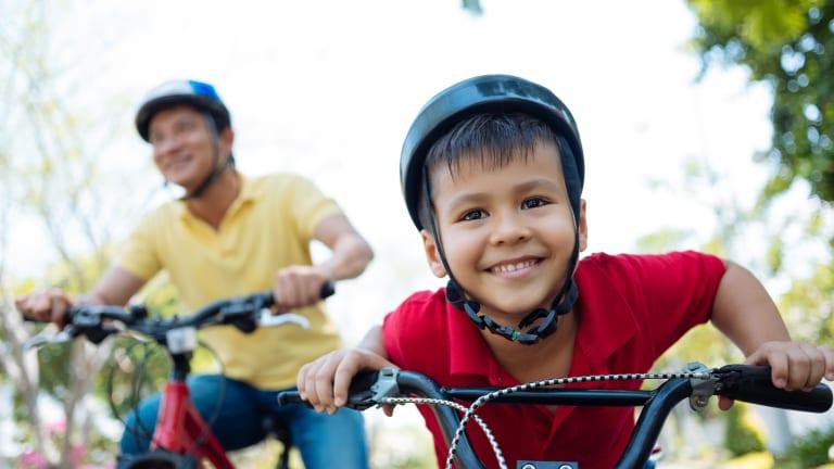 Parents et enfants peuvent dorénavant aller, au quotidien, à l'école à bicyclette en toute quiétude dans l'espace qui leur est réservé.