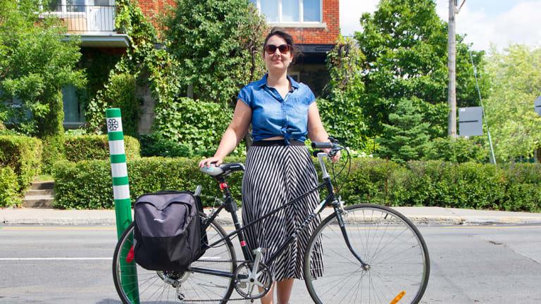 Rosepatrienne à vélo